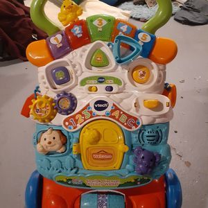 Vtech Stroll and Discovery Activity walker for Sale in Columbus, OH