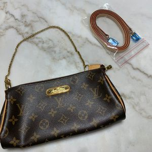 Authentic Louis Vuitton Eva Clutch Monogram for Sale in Orem, UT