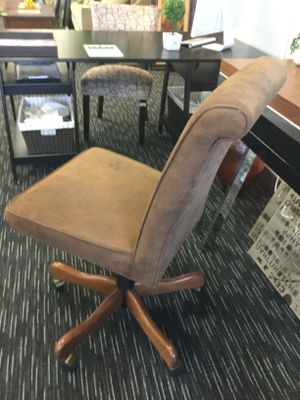 Microfiber Desk Chair for Sale in Des Plaines, IL