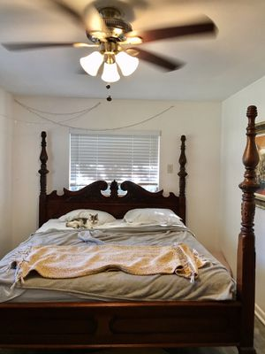 California king vintage bed frame for Sale in Clearwater, FL