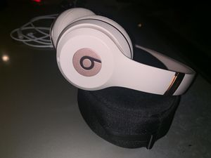 Beats by Dre Matte rose gold brand new for Sale in North Miami Beach, FL