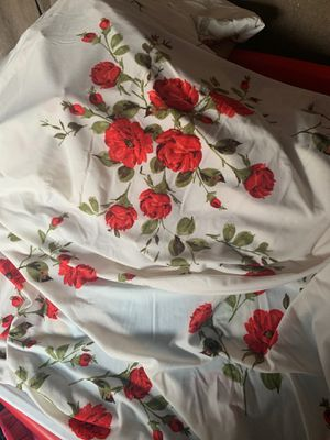 Rose pattern tablecloths for Sale in Long Beach, CA