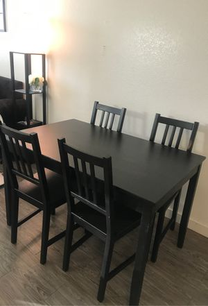 Dining table for Sale in Baldwin Park, CA
