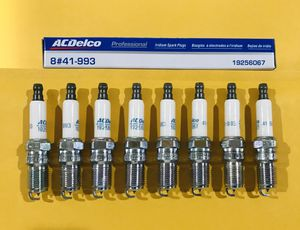 41-993 ACDelco Gm, Cadillac, Chevy Spark Plugs for Sale in Lancaster, CA