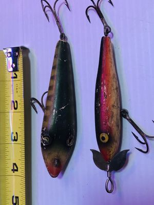 2 Vintage Wooden Fishing Lures for Sale in Glendale Heights, IL