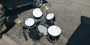 Complete Gammon kids drum set for Sale in Gahanna, OH