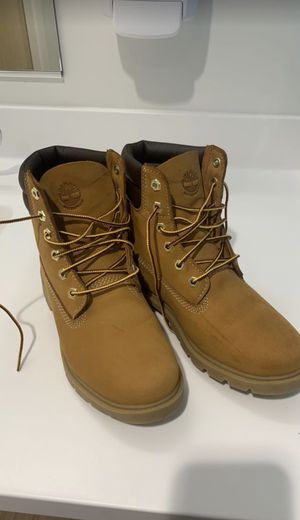 Women'a Timberland Boots Size 7.5 for Sale in Seattle, WA