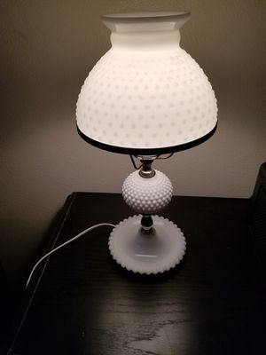 Vintage hobnail milk glass lamp for Sale in Puyallup, WA