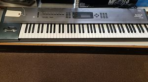 Korg N264 Music Keyboard Workstation 76 Key for Sale in Newington, CT