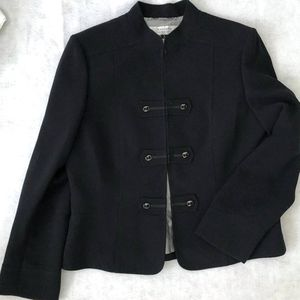 New Tahari Black Blazer Military 12 L for Sale in Seattle, WA