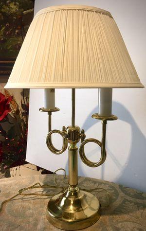 CASH PICK UP $30 Elegant accent desk lamp H20xL10/13xD6/13 inch for Sale in Chandler, AZ