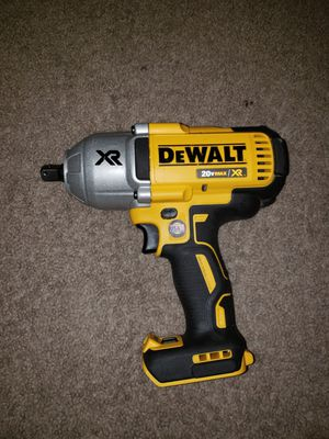 Wrench dewalt XR no batería no cargador for Sale in Springfield, VA