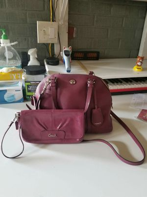 Authentic Coach purse with long strap and large wrislet wallet bundle (used) for Sale in Lincoln Acres, CA