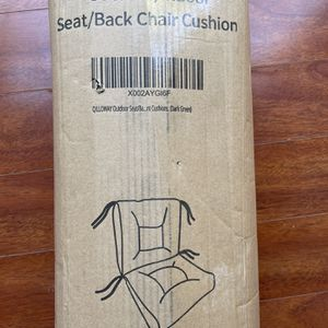 Green Indoor/outdoor Chair Cushion for Sale in Murrieta, CA