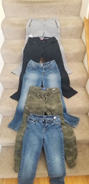 Boys size 14 skinny jeans for Sale in Puyallup, WA