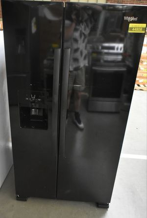 WHIRLPOOL BLACK SIDE BY SIDE REFRIGERATOR for Sale in BVL, FL