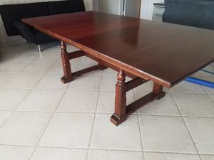 Dining room table for Sale in Hollywood, FL