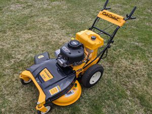 """Cub Cadet 33"""" Wide Cut Mower for Sale in Yalesville, CT"""
