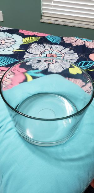 Trifle bowl, pie plate, nut bowl for Sale in Wesley Chapel, FL