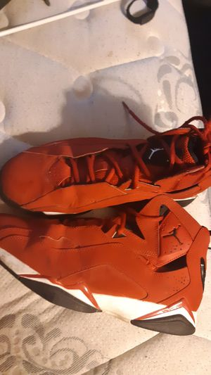 All Red Retro 7 Jordans for Sale in Bloomington, IL