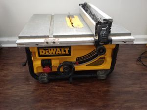 **Dewalt Table saw*** ( pick up only ) for Sale in Columbus, OH