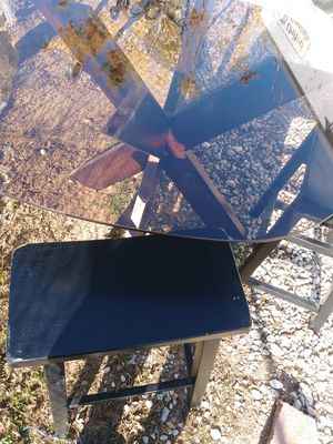 Smoke glass table with 4 made in malaysa wooden black stools $80. No holds for Sale in Hesperia, CA