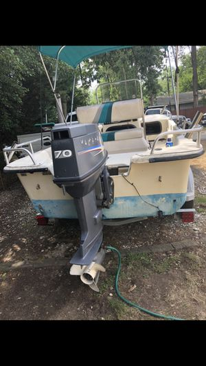 17ft Carolina skiff for Sale in Glen Burnie, MD
