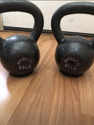 Pair of Apollo Athletics High End Kettlebells 26lbs Each for Sale in Lynnwood, WA
