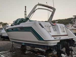 1989 Regal 320 Commodore Boat for Sale in Derby, CT