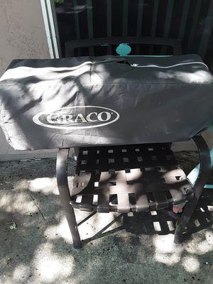 Portable baby crib for Sale in Greenacres, FL