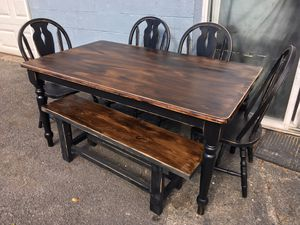 Nice country table set for Sale in Watsontown, PA
