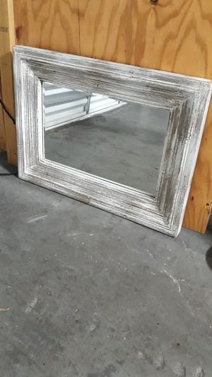 Distressed Wall Mirror for Sale in Hialeah, FL
