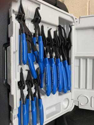 Cornwell tools snap ring pilers set. for Sale in Santa Ana, CA