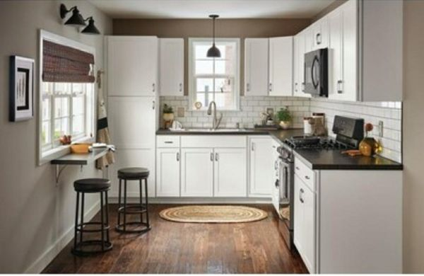 SOLID WOOD CABINETS & PREFAB STOCK CABINETS