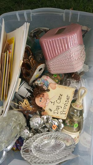 Knick knacks and miscellaneous stuff for Sale in Fresno, CA