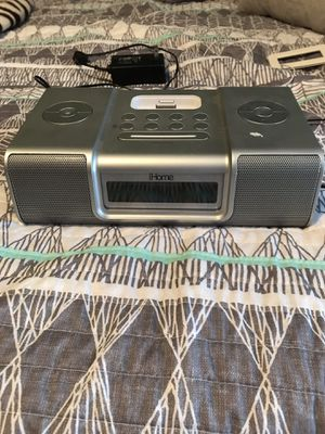 IHome with adaptor to work with newer iPhones for Sale in Bismarck, ND