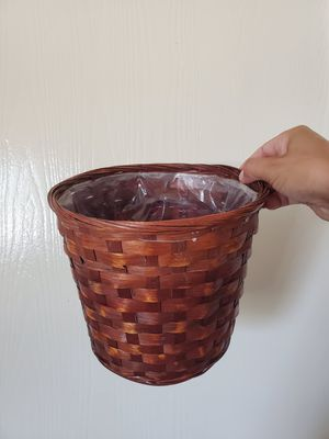 Planter/ lined plant basket for Sale in San Diego, CA