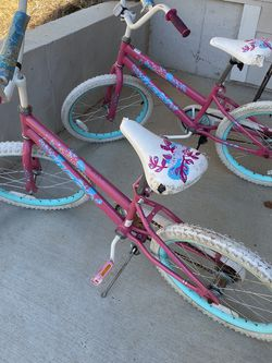 Free !!! Two Girls Bikes for Sale in Cumming,  GA