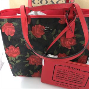 Coach rose tote for Sale in Chillicothe, IL
