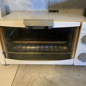 Rival Conventional Oven for Sale in Waterbury, CT