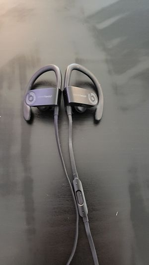 Powerbeats for Sale in Dearborn Heights, MI
