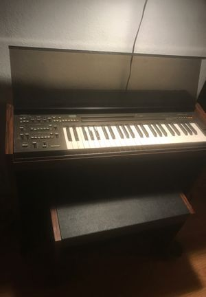 Wood mirror & Yamaha keyboard for Sale in LOS ANGELES, CA