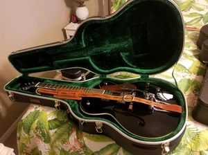 Gretsch. Electric hollow body guitar with Bigsby tremolo for Sale in Zephyrhills, FL