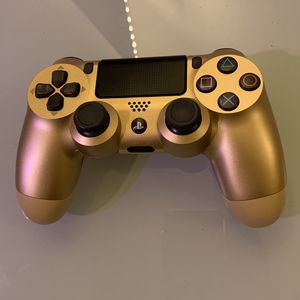 PS4 Controller Gold for Sale in Phoenix, AZ