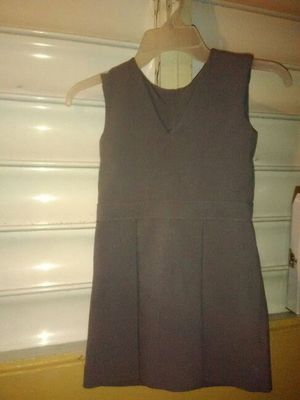 Uniforme de nena saze 5 es gris for Sale in US
