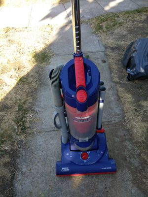 !! Hoover Vacuum for Sale in Los Angeles, CA