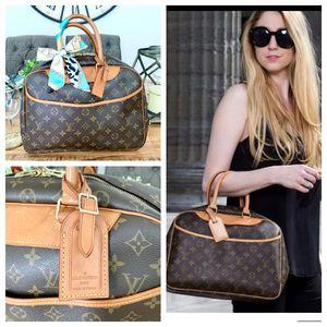 Louis Vuitton Deauville Boston Bag for Sale in Chula Vista, CA