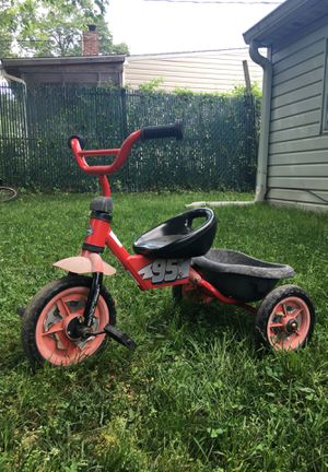 Lightning McQueen tricycle for Sale in Glen Burnie, MD