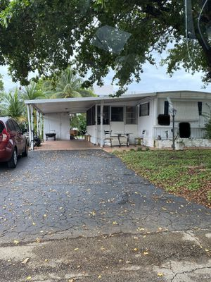 BEAUTIFUL & SPACIOUS MOBILE HOME 3 Beds 2Baths - $30k CASH or BEST OFFER (All Ages) for Sale in Deerfield Beach, FL
