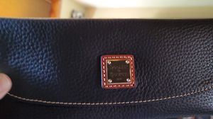 Dooney & Bourke wallet for Sale in Ligonier, PA